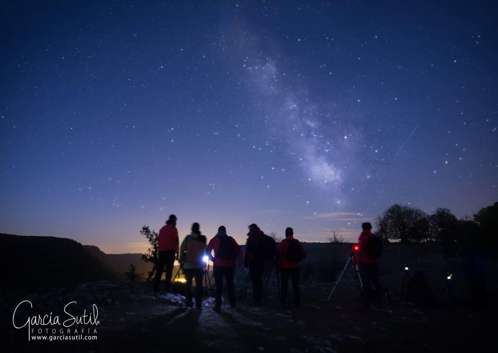 Noctógrafos se reúnen en Navarra para fotografiar la noche y divertirse. 1