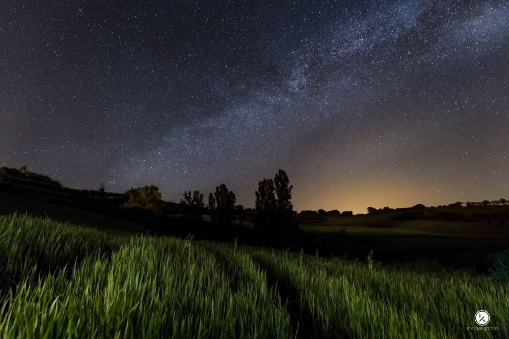 Noctógrafos se reúnen en Navarra para fotografiar la noche y divertirse. 7