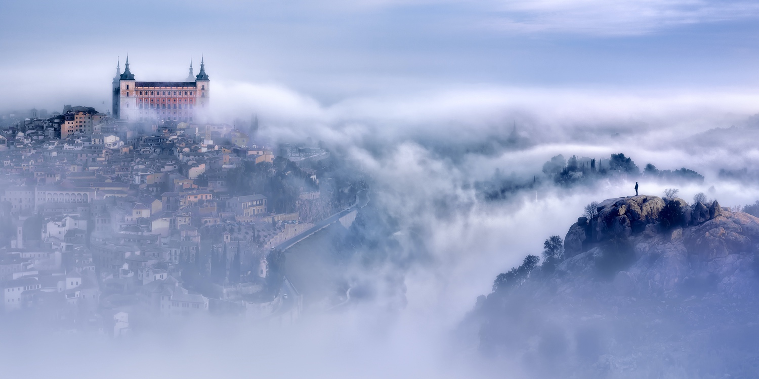 jesusmgarcia_Toledo_city_foggy_morning_30x20