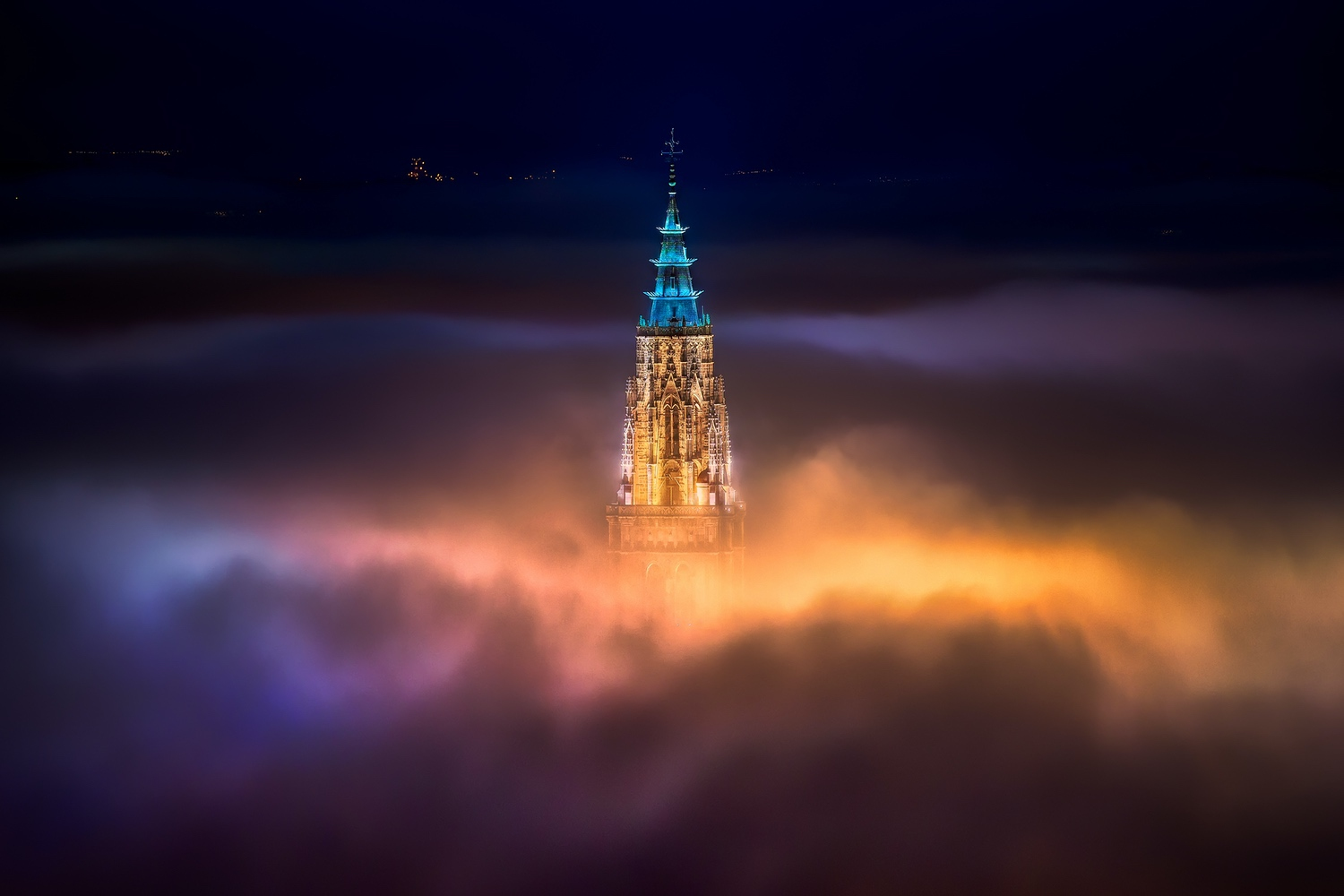 jesusmgarcia_Toledo_city_foggy_night_30x20